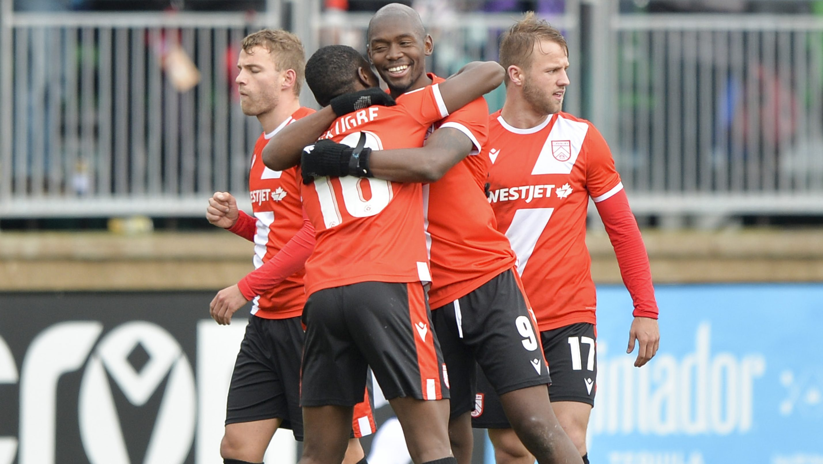 Cavalry FC celebrate a 1-0 win over Al Classico rivals FC Edmonton. (Mike Sturk/CPL).
