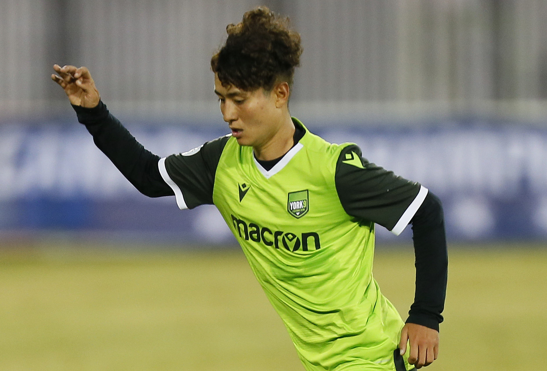 York9 Fc S Emilio Estevez Sold To Dutch Eredivisie Side Ado Den Haag Canadian Premier League