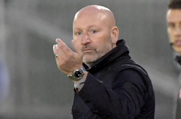 FC Edmonton head coach Jeff Paulus gestures as he speaks to his players in the second half against York 9 in a Canadian Championship soccer match at York University Field. (Photo: Dan Hamilton-USA TODAY Sports for CPL).