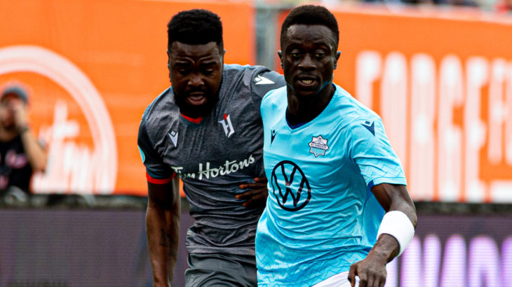 Forge FC's Dominic Samuel and HFX Wanderers FC's Mohamed Kourouma. (Ryan McCullough/CPL).