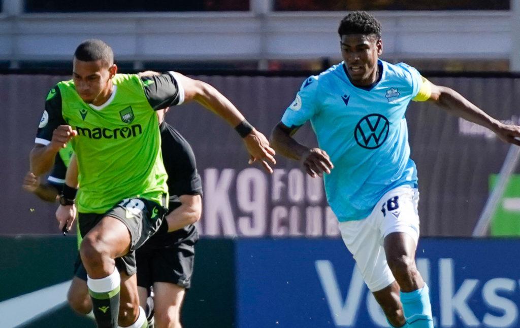 York9 FC attacker Ryan Telfer and HFX Wanderers midfielder Andre Rampersad. (CPL)
