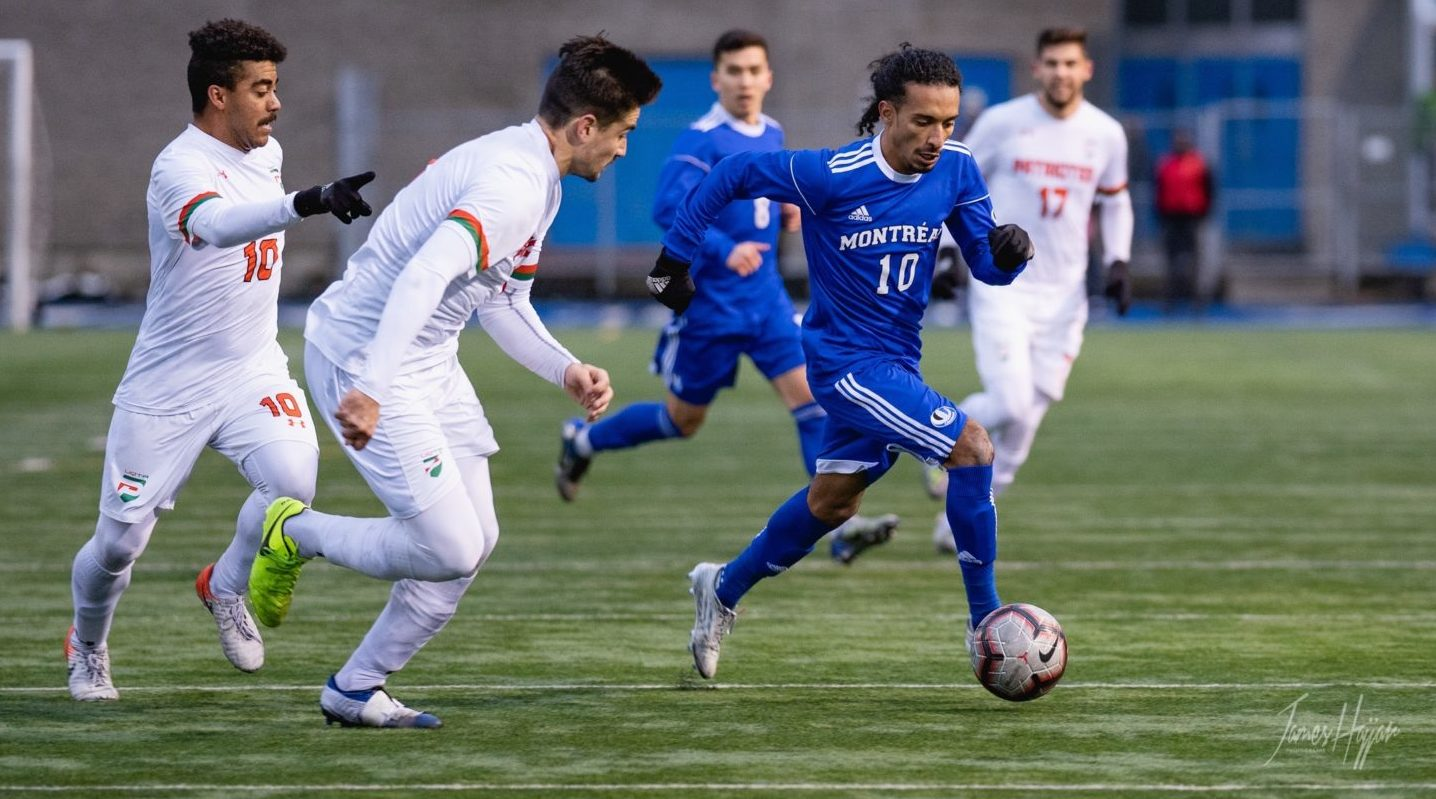 Omar Kreim making a darting forward run for the Carabins where he was a part of three championship final teams. (Photo: James Hajjar Photographe)
