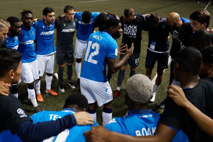 FC Edmonton defender Kareem Moses addresses the team. (CPL/Chant Photography)