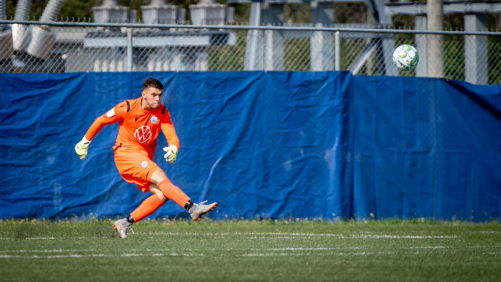 HFX Wanderers keeper Christian Oxner takes a goal kick. (Photo: CPL/Chant Photography