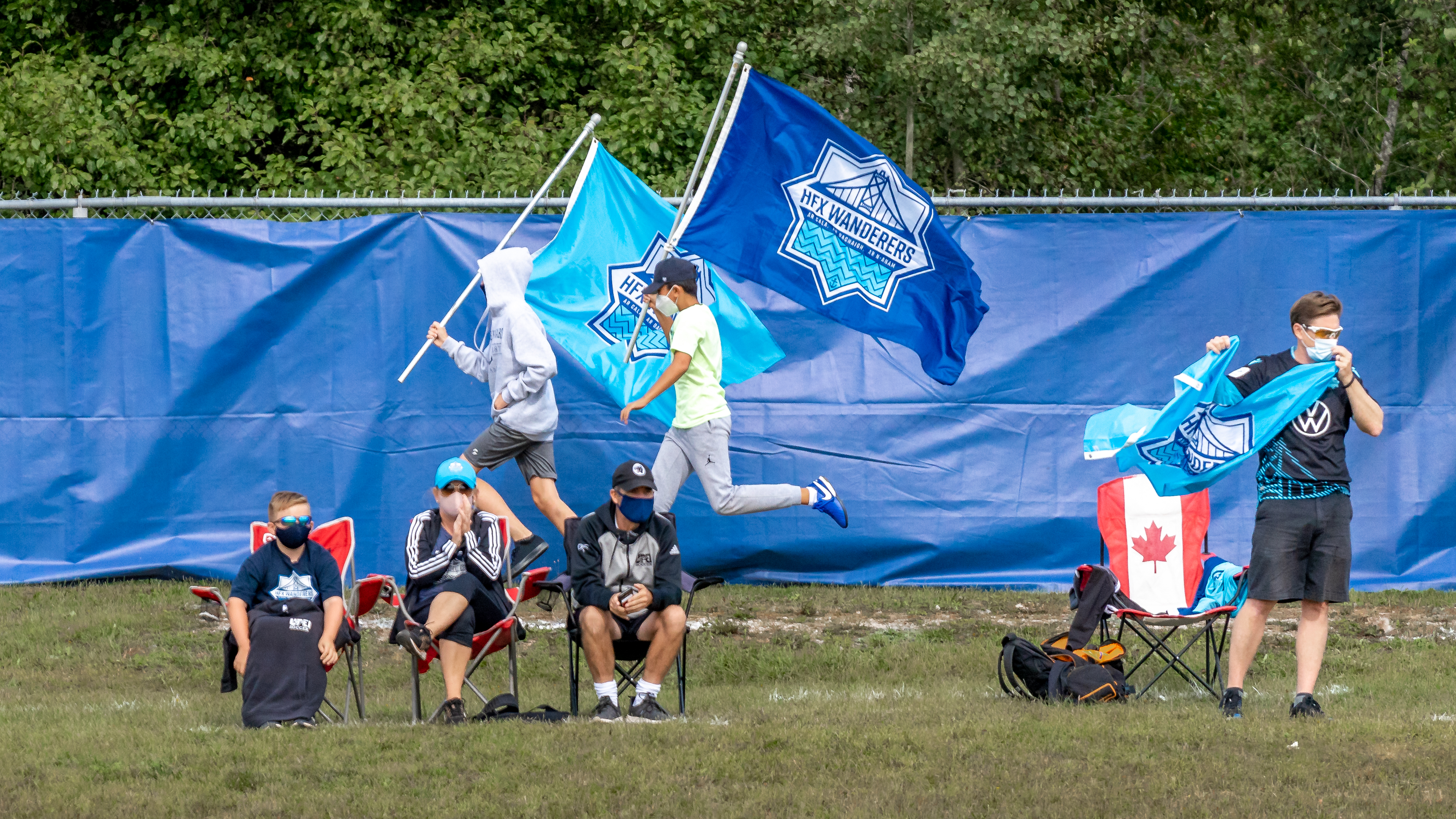 HFX Wanderers fans on PEI. (CPL/Chant Photography)