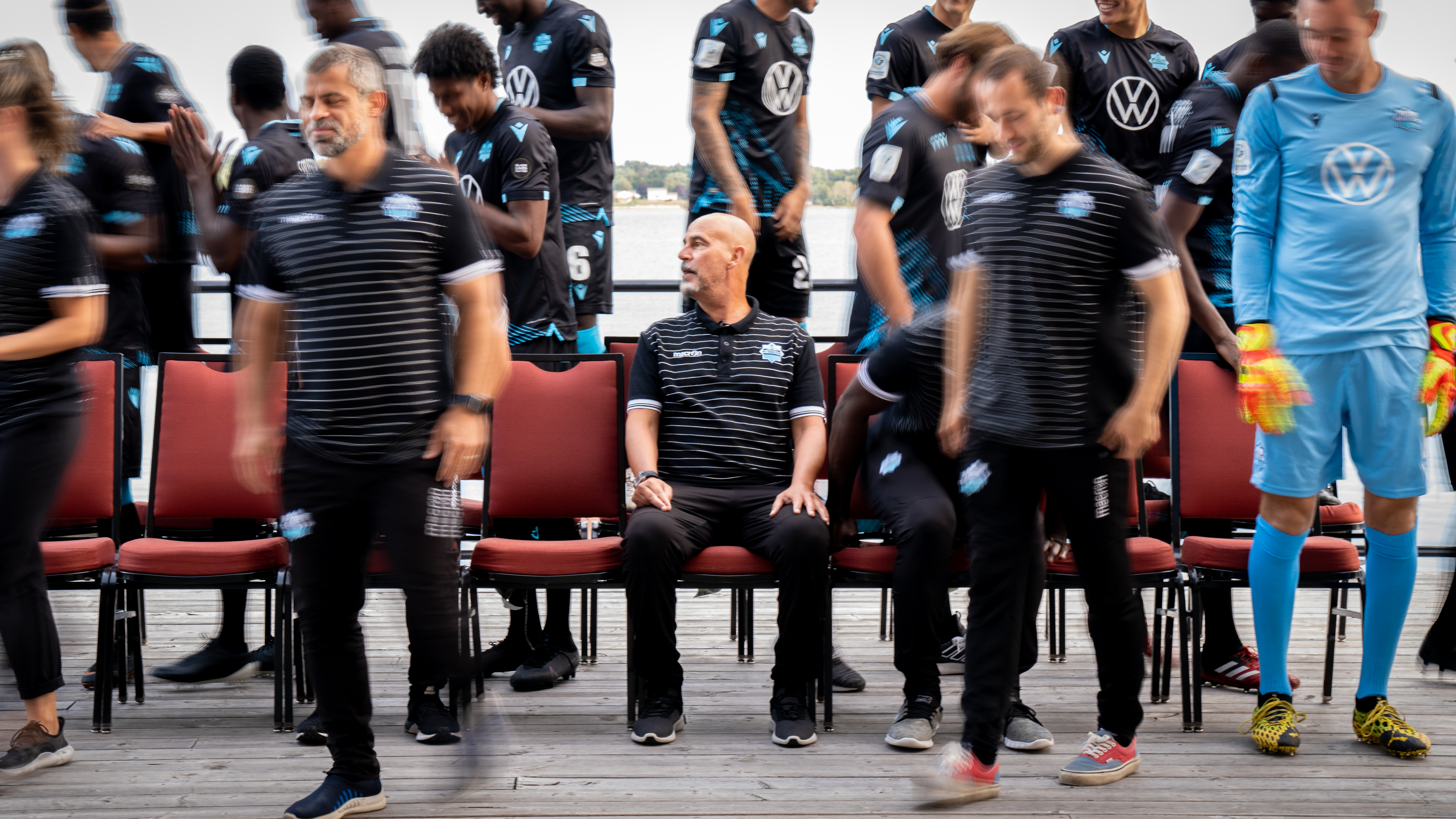 HFX Wanderers coach Stephen Hart (CPL/Chant Photography).