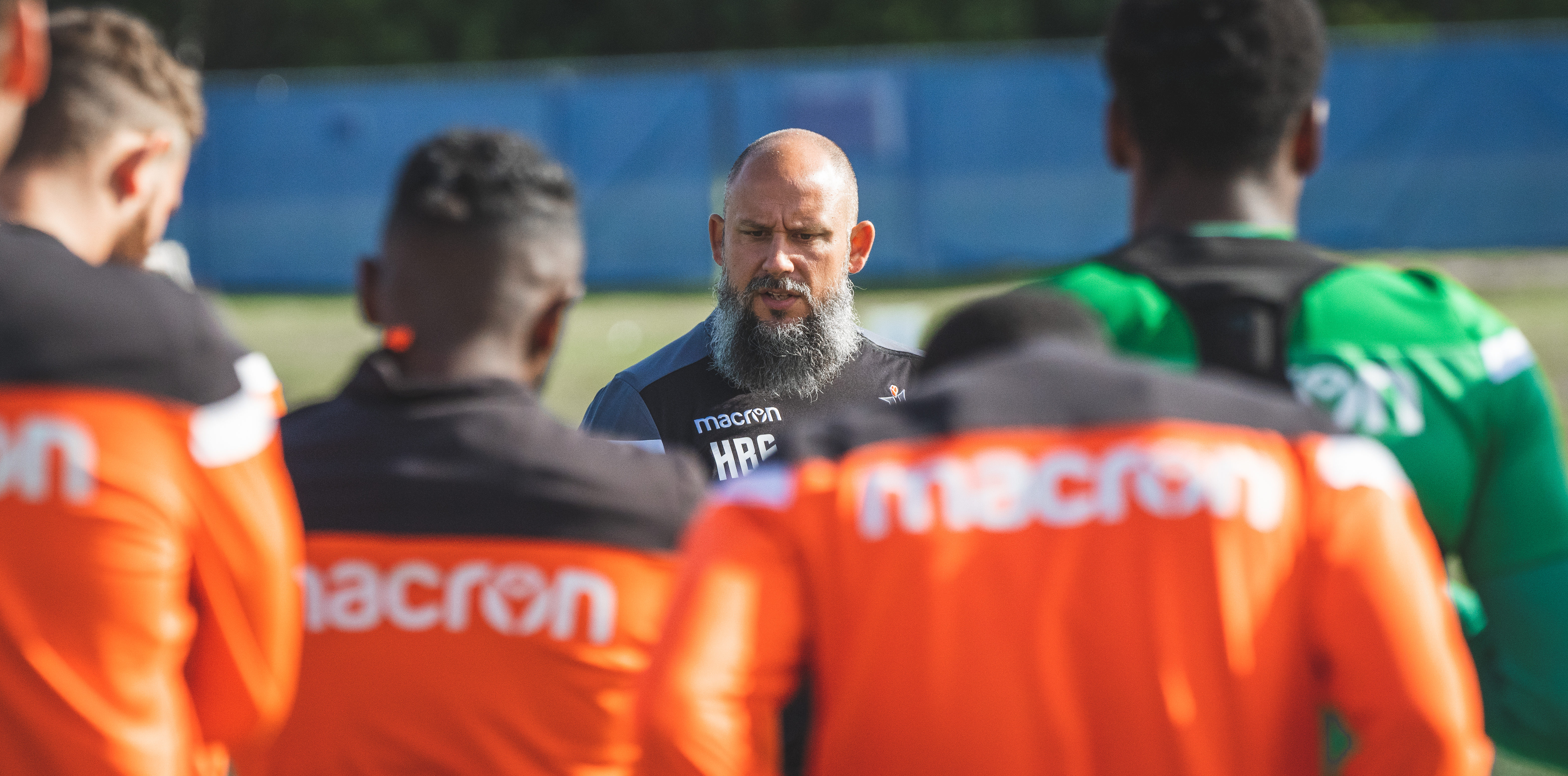 Bobby Smyrniotis addresses his Forge FC players during training at The Island Games. (Photo: CPL/Chant Photography)