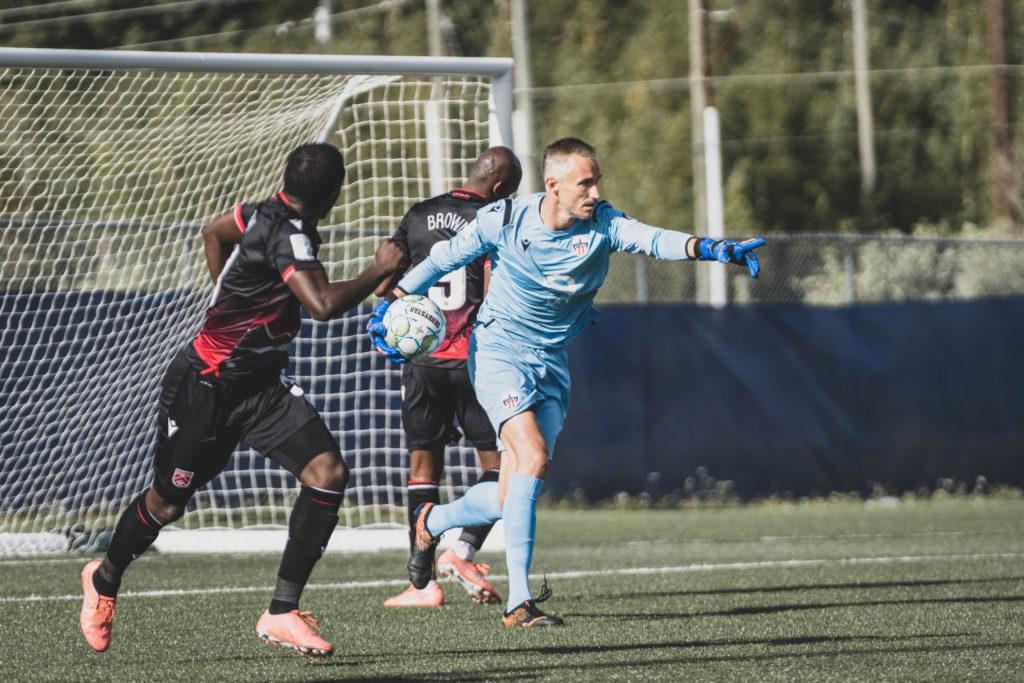 Atlético Ottawa goalkeeper Nacho Zabal. (Photo: CPL/Chant Photography)