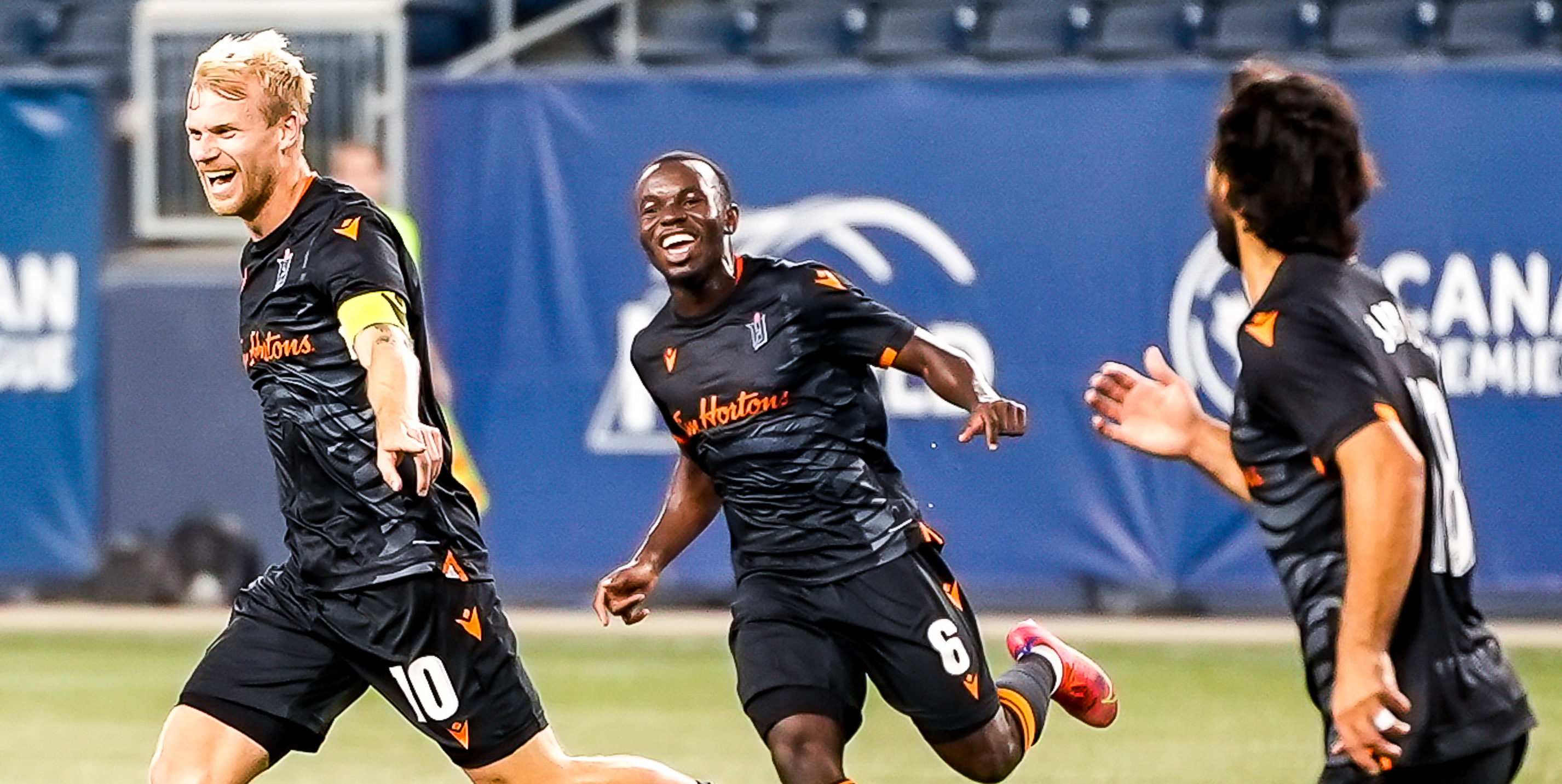 Kyle Bekker of Forge FC celebrates after scoring a goal against Pacific FC. (Photo: Canadian Premier League / Robert Reyes/William Ludwick)